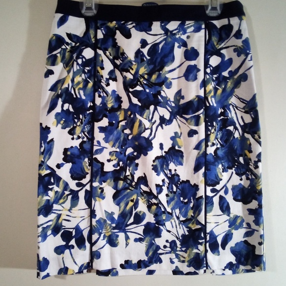 7a1e0b0243d5 Rafaella Skirts | Pencil Skirt White Blue Floral Size 8 | Poshmark